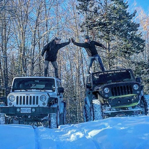 Jeep in the snow 6 .jpg